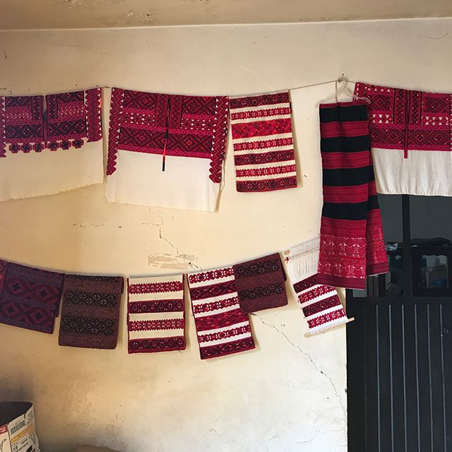 Took the day off work and went on a little Chiapan textile adventure with @culturaenturopa to San Juan Cancuc and Tenejapa. #handmadeinmexico #adventuresinmexico #traditionaltextiles #maya #handmade