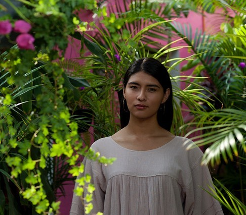 A little preview of our shoot for summer 2018 with photos by @somniloquydesign 🌿#workworkwork #handmadeinmexico #oaxacadejuarez #lasgolondrinas #onlocation #ss2018