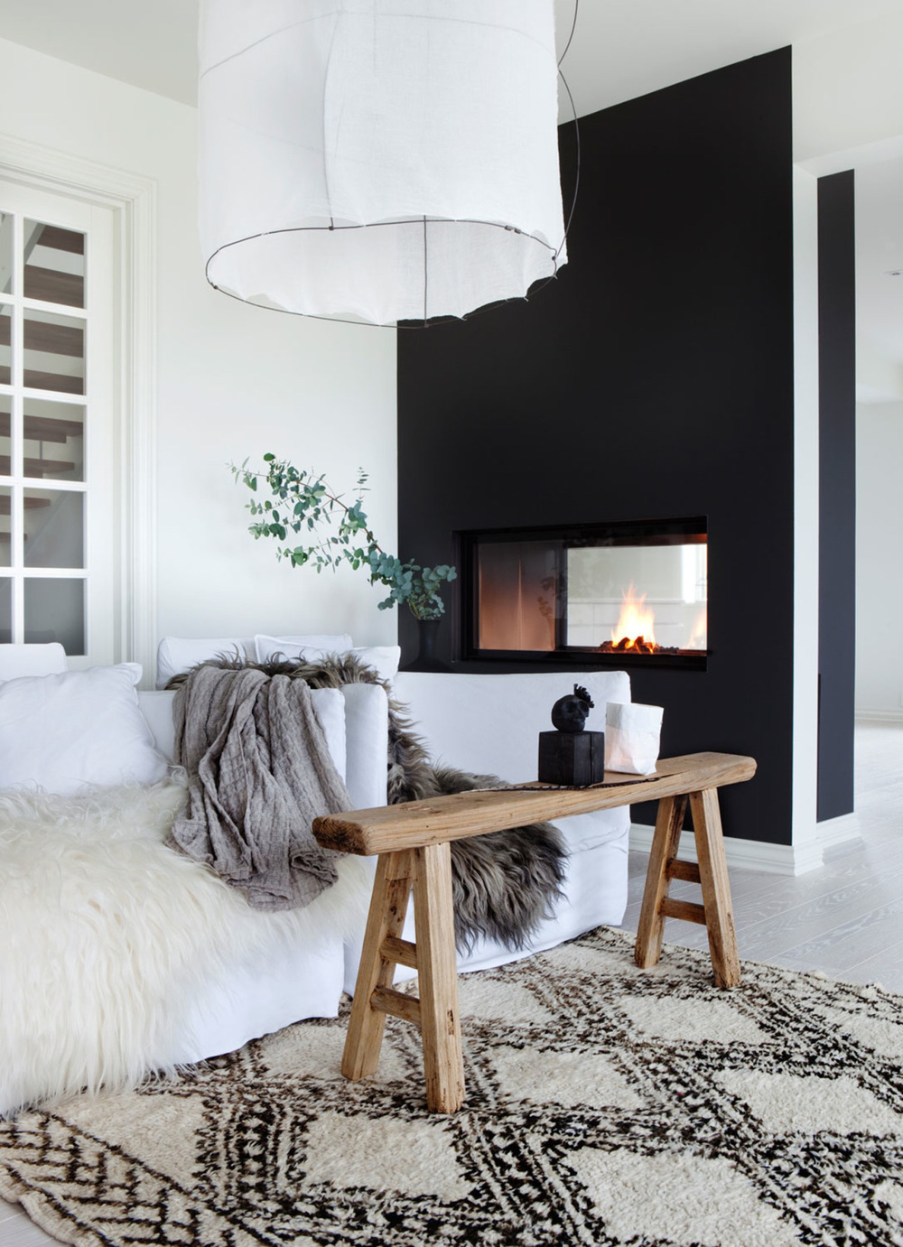 Obviously animal skins aren't for everyone. Thankfully there are plenty of faux options out there that can help you achieve this look. Real or faux, they do add a great feel to the space. {Via Planete Deco}