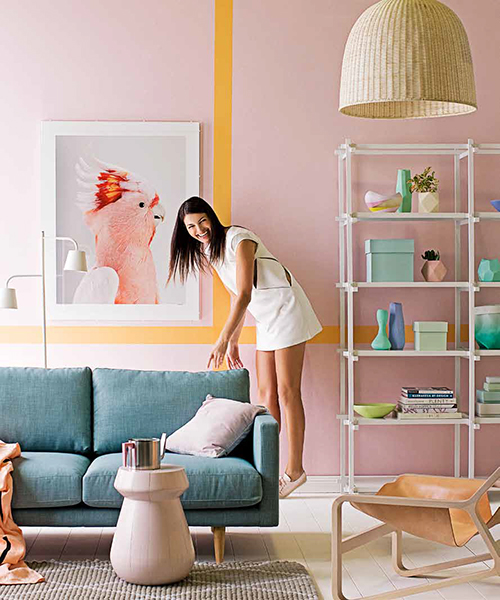 Look at all of these pastels!  I actually want to hang out in this space...not run screaming from the room.  And I love the wall treatment.  {Via Lonny}