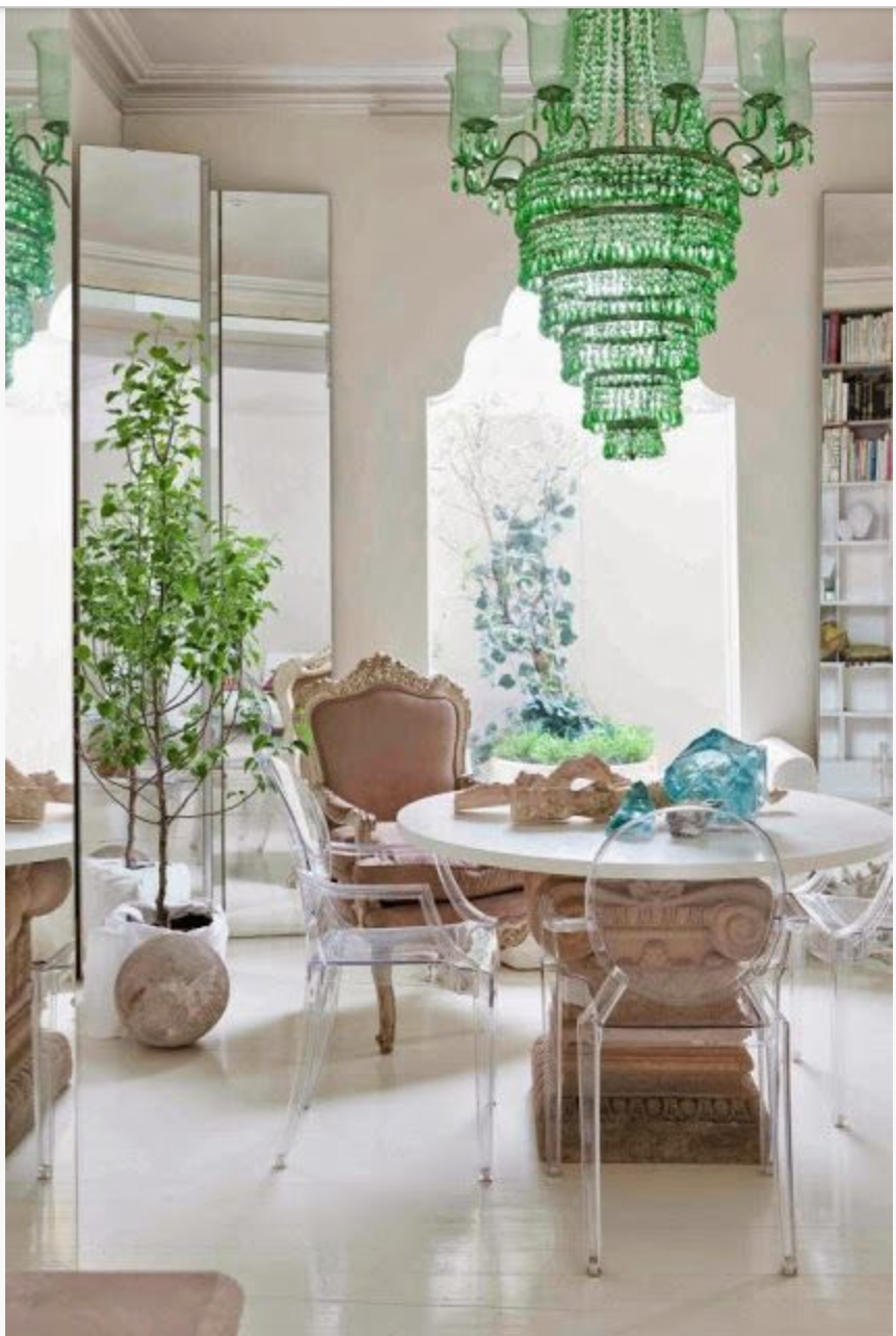 This chandelier is fabulous! {Via Pinterest}