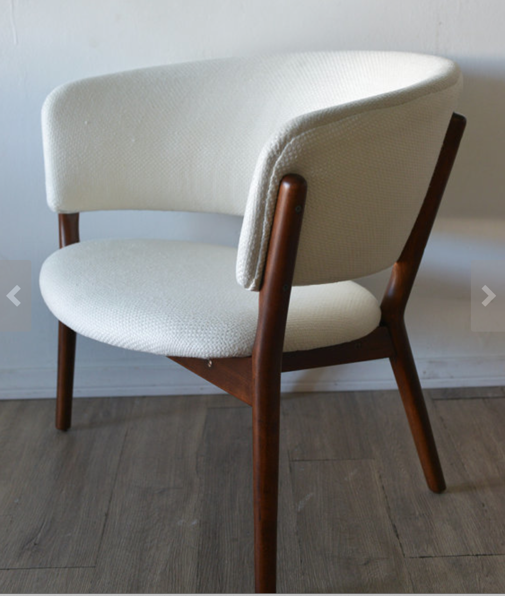Wouldn't this be great reupholstered in a fun and graphic print???  Nanna Ditzel Danish Modern Lounge Chair {Via  The Modern Vault }