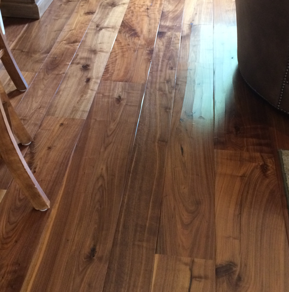 A BEAUTIFUL wide-plank, walnut floor.  Came across this the other day in Vienna.