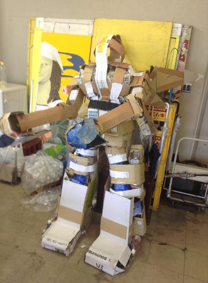Cardboard Mech mk2 (2)