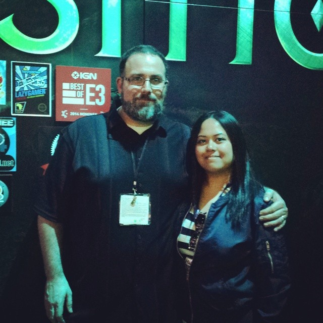 Yay, E3 done! Got a last picture with Mike Laidlaw from Bioware (and those crazy awards)! Good times.