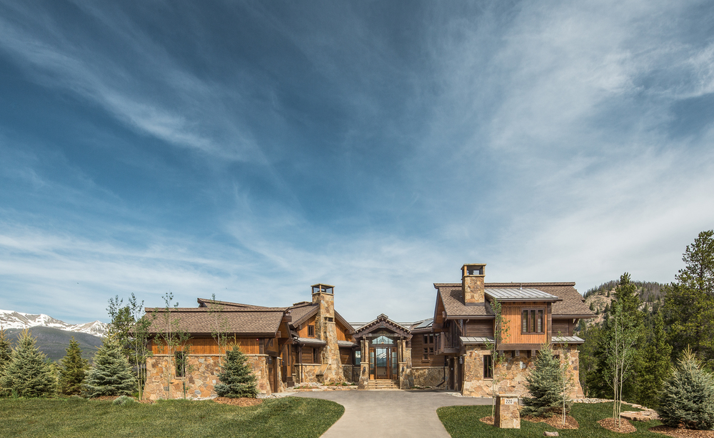 Located in the Highlands neighborhood at 220 Cottonwood Circle, this home takes advantage of sweeping views of the Ten Mile Range, unobstructed from the entire western side of the home.