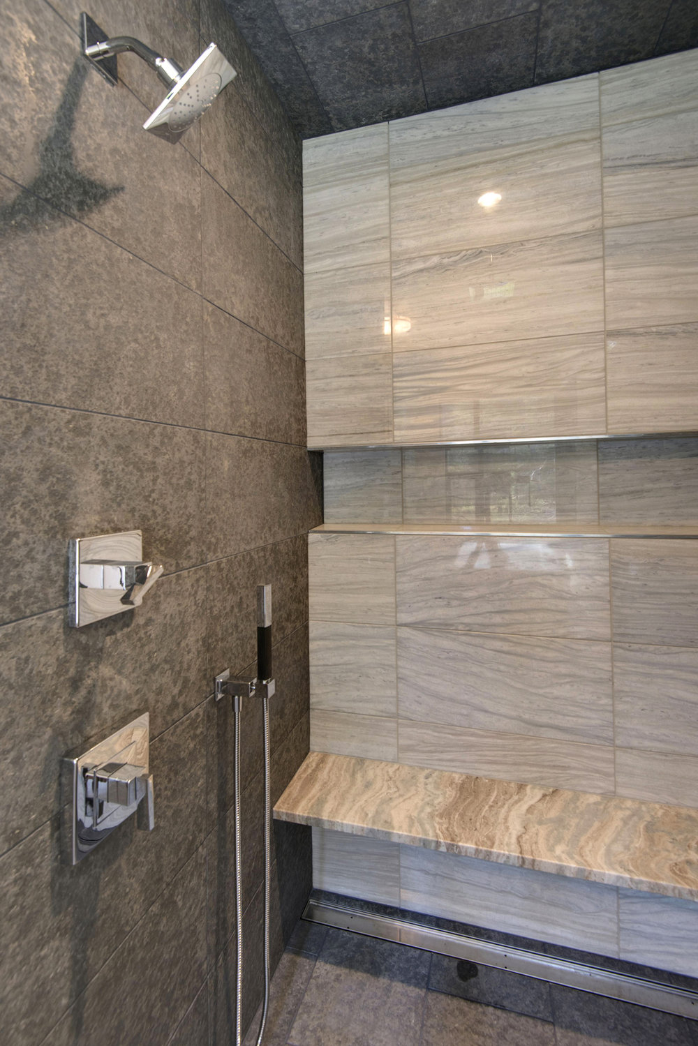 164 Imperial Way, Shower Enclosure