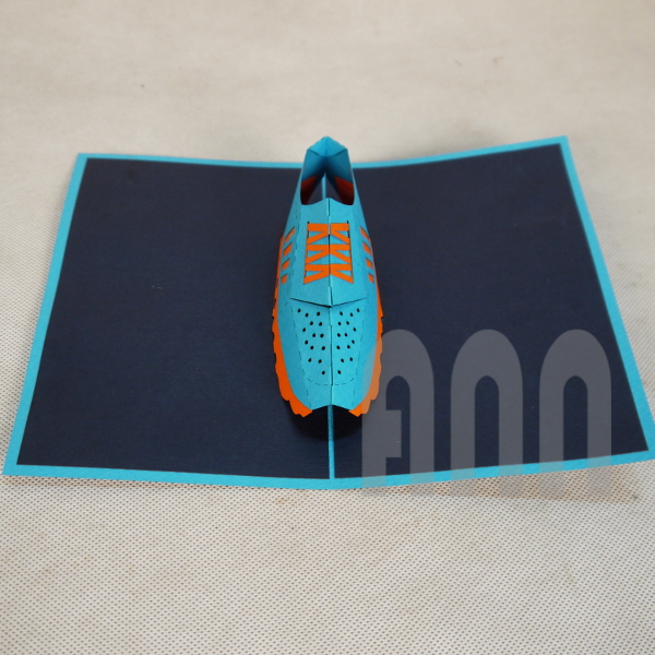 Trainer-Shoes-3d-pop-up-greeting-card-2.jpg