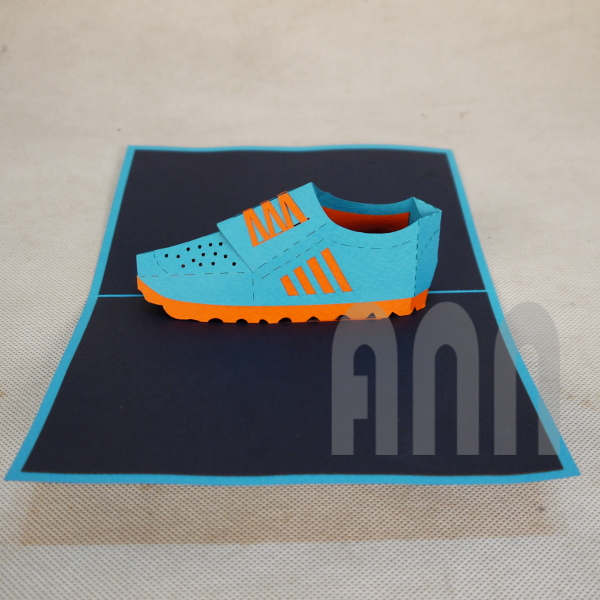 Trainer-Shoes-3d-pop-up-greeting-card-3.jpg