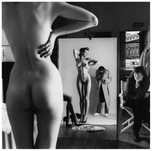 Helmut Newton, Self Portrait with Alice Springs and Two Models (1981)