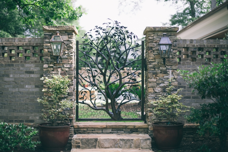 dogwood tree gate