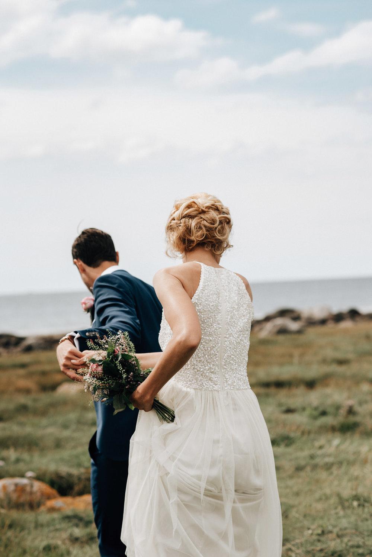 intimt-bröllop-mölle-kapell-rusthållaregården-arild-bröllopsfotograf-skåne-aase-pouline29.jpg