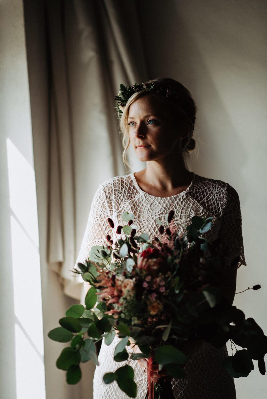 bohemiskt-bröllop-på-nygård-event-i-åstorp-bröllopsfotograf-skåne-53.jpg