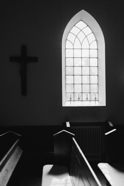 intimt-bröllop-mölle-kapell-rusthållaregården-arild-bröllopsfotograf-skåne-aase-pouline131.jpg