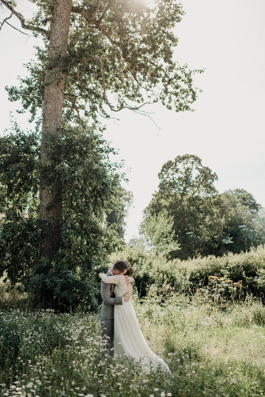 bohemiskt-bröllop-norrköping-finspång-bröllopsfotograf-aase-pouline.jpg