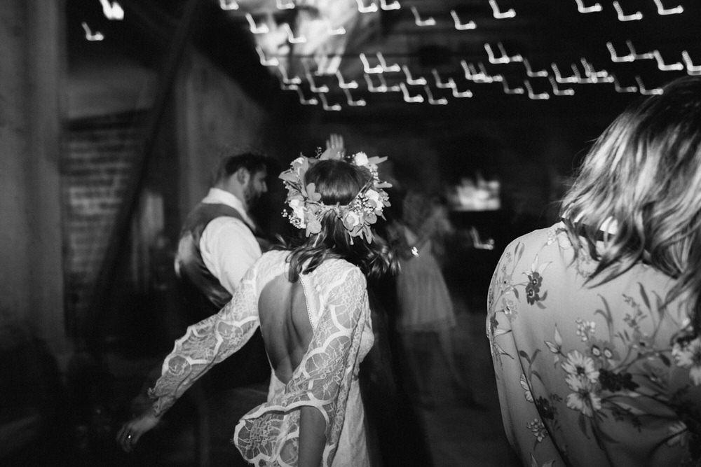 bohemiskt-bröllop-mårtenpers-källa-österlen-bröllopsfotograf13.jpg