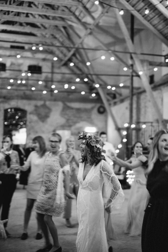 bohemiskt-bröllop-mårtenpers-källa-österlen-bröllopsfotograf11.jpg