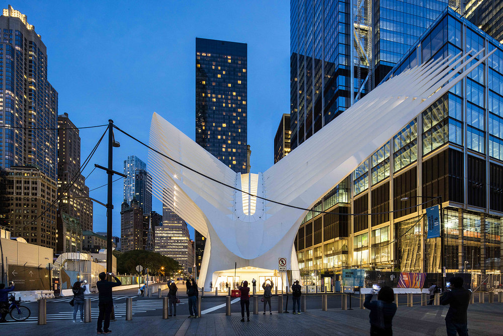 THE WORLD TRADE CENTRE OCULUS / SANTIAGO CALATRAVA