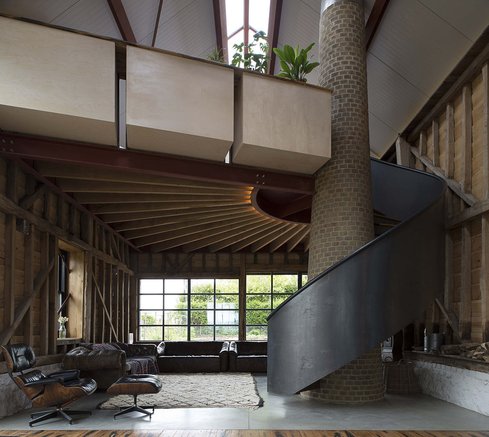THE ANCIENT PARTY BARN / LIDDICOAT & GOLDHILL ARCHITECTS