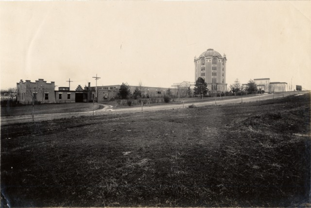 Woman's Magazine Building, Press Annex and Woman's National Daily Building, looking southeast, about 1907