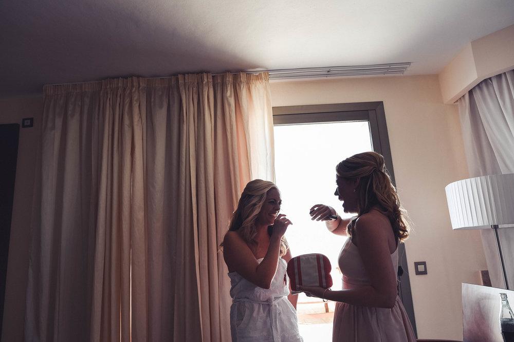 1. Bridesmaids-17.jpg