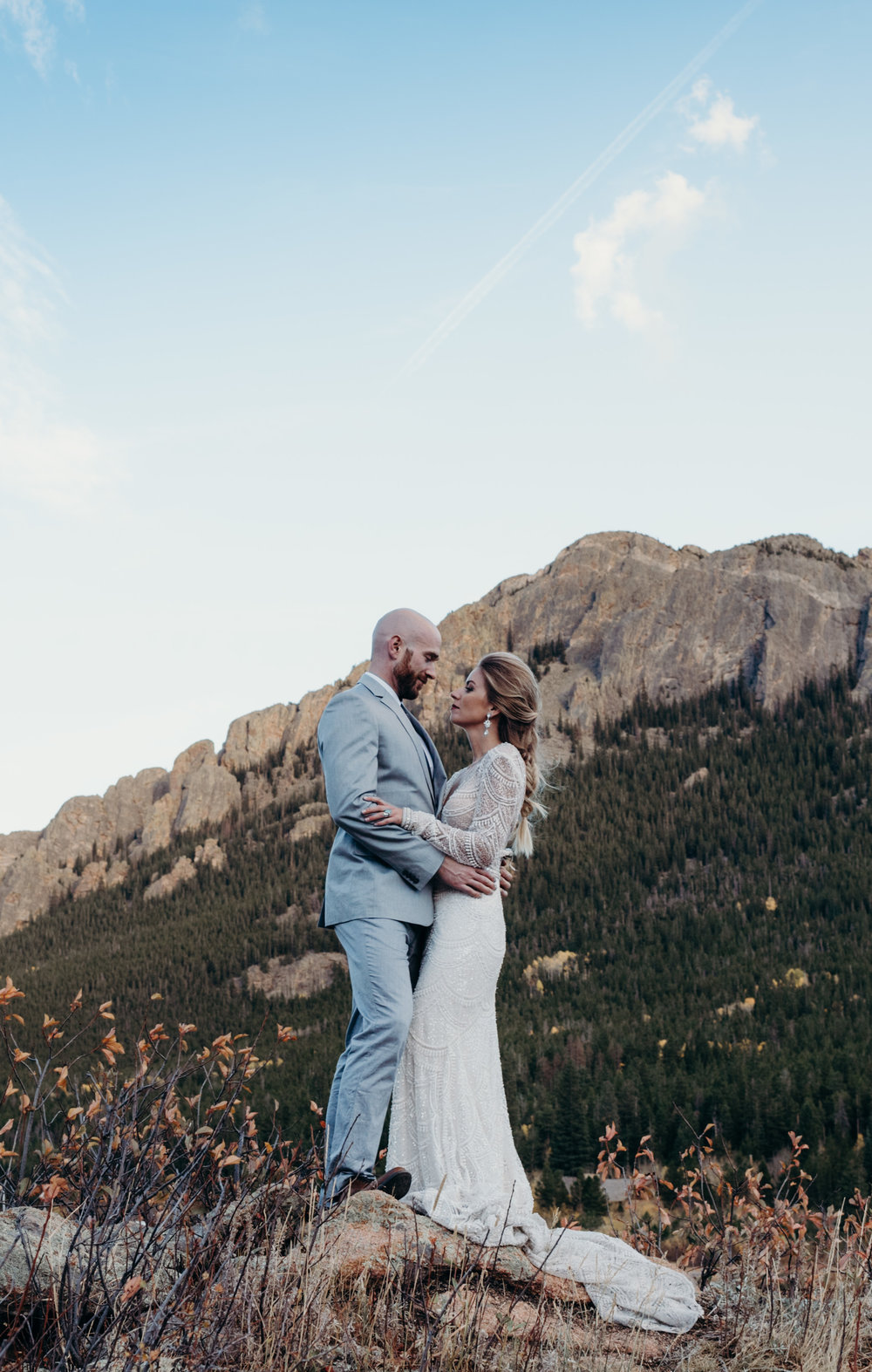 Colorado wedding photographed by Dana Jensen.