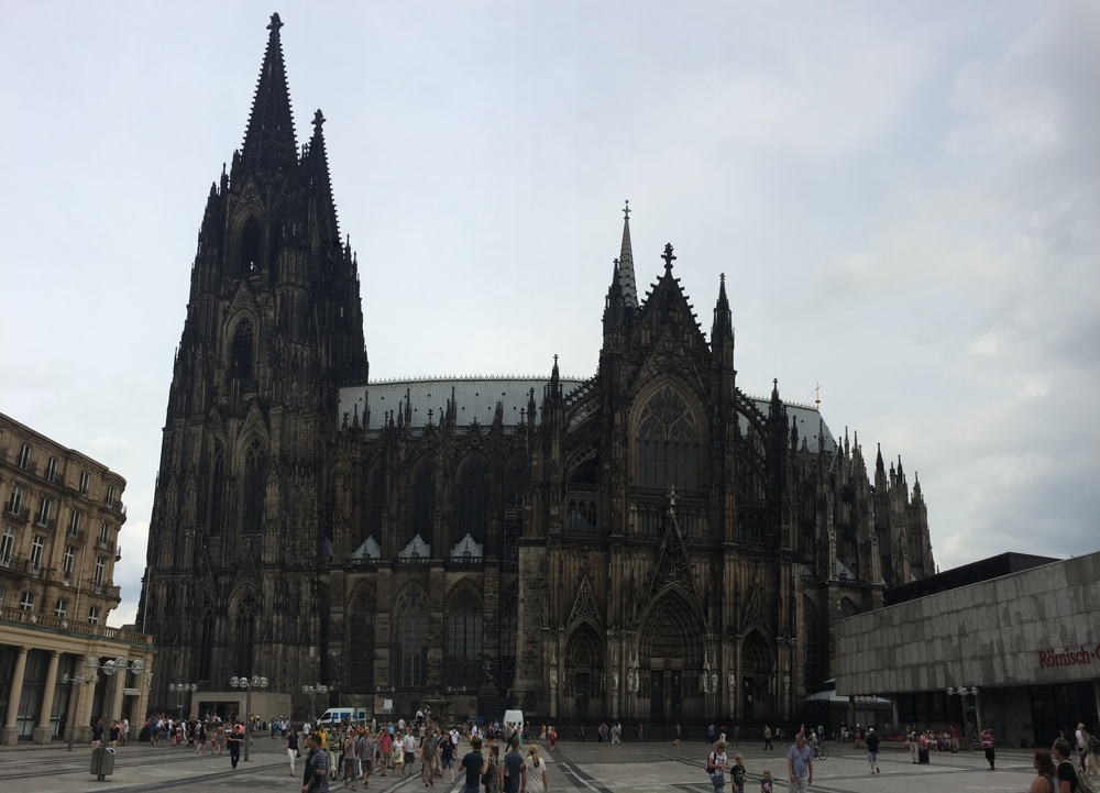 Kölner Dom, the main cathedral in Cologne... it could really use a scrub, but still beautiful.