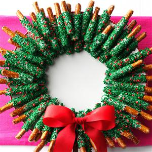 PRETZEL WREATH.jpg