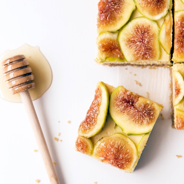 HONEY WALNUT FIG CHEESECAKE.jpg