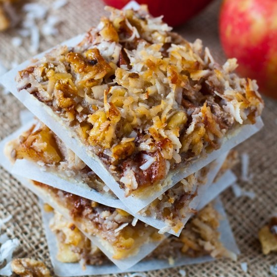 APPLE HARVEST SQUARES.jpg