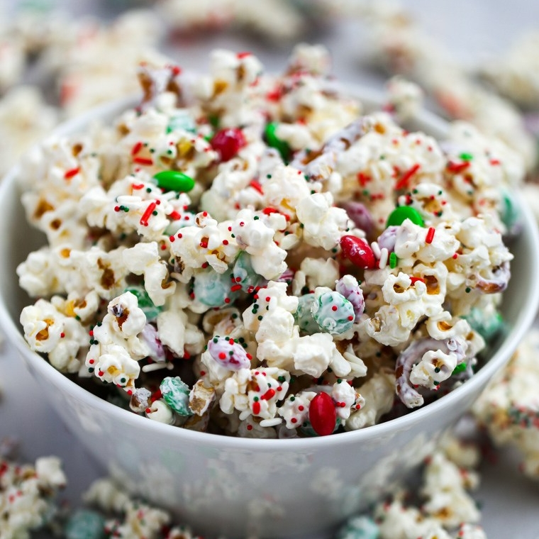 white chocolate popcorn.jpg