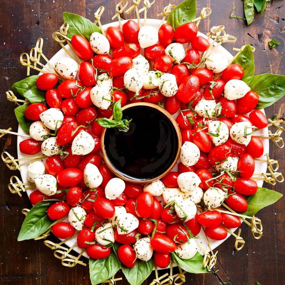 CAPRESE CHRISTMAS WREATH.jpg