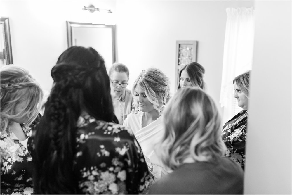 Savannah Eve Photography- Hinton-Davis Wedding- Sneak Peek-4.jpg
