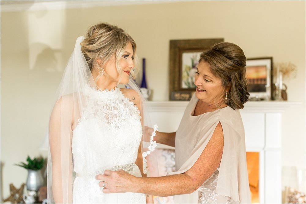 Savannah Eve Photography- Hinton-Davis Wedding- Sneak Peek-14.jpg