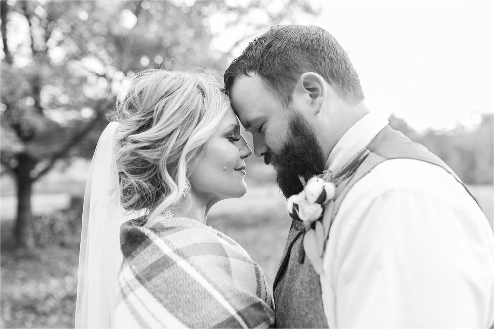Savannah Eve Photography- Hinton-Davis Wedding- Sneak Peek-93.jpg