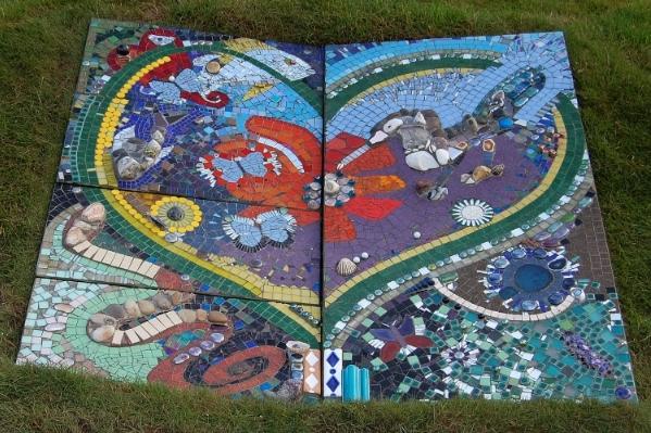HeArt and Hummingbird mosaic Dawn Aston.JPG