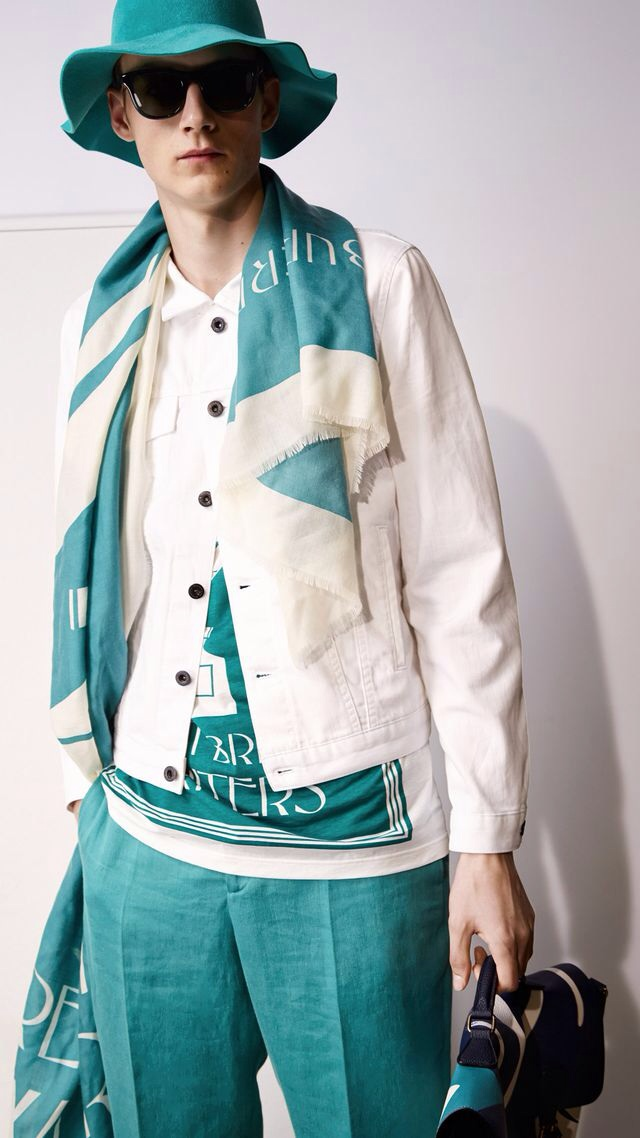 BRIGHT WHITE DENIM JACKET