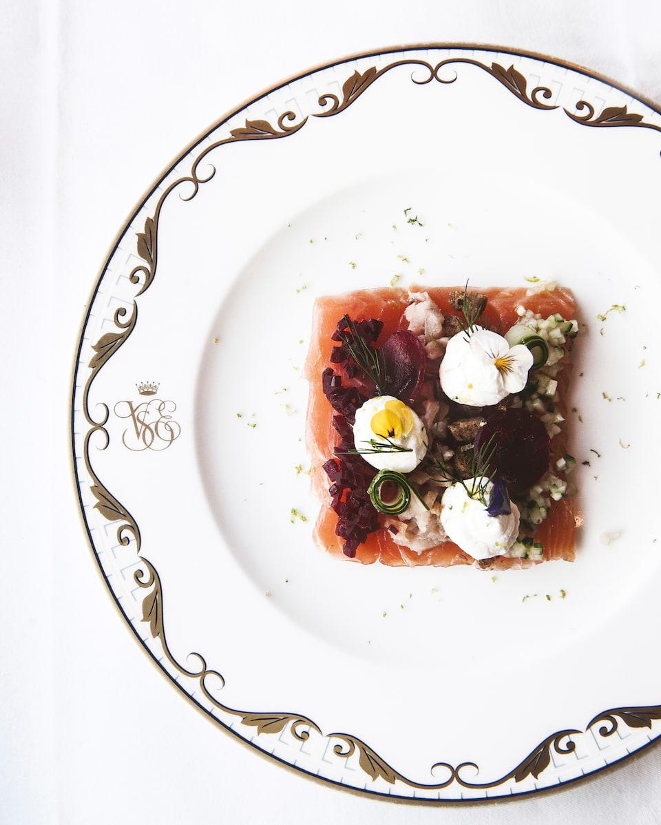 vso-din-food08_960x1198.jpg