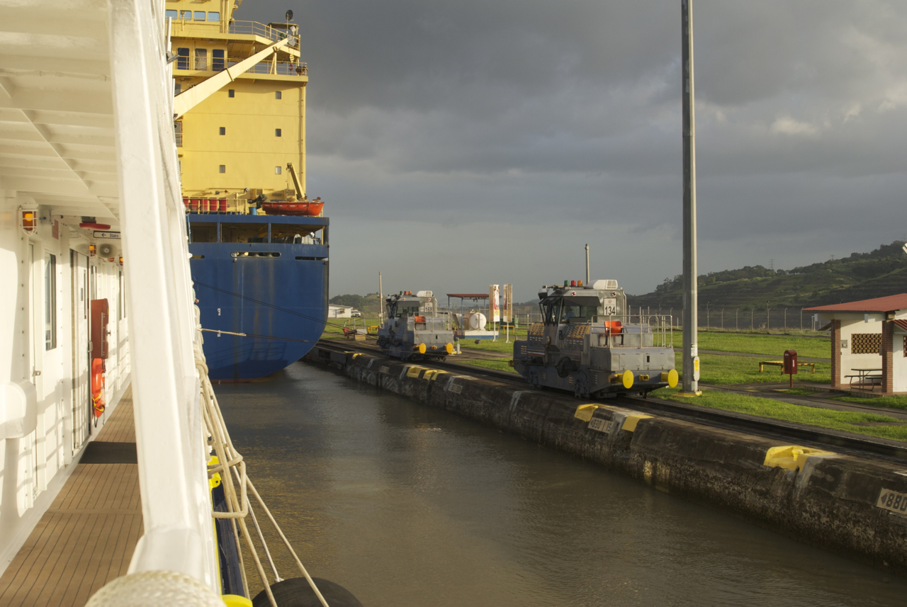 canal - SL and a freighter