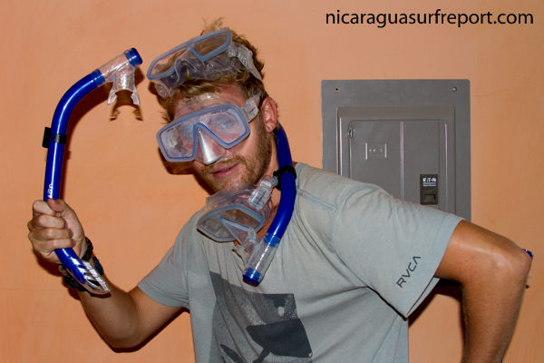 Yes Don Simon has gone insane with the size of waves so he decided to explore the art of snorkelling and has nailed it.