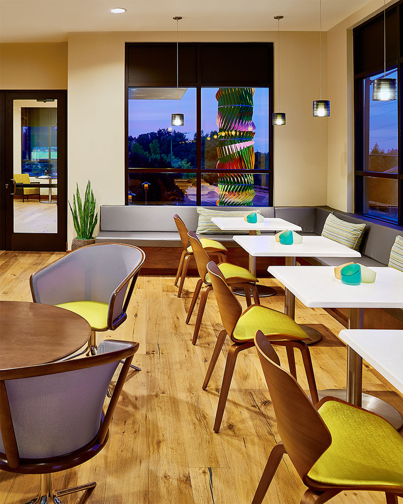 Wifi Café, Twilight at Brio Apartments, Walnut Creek, CA
