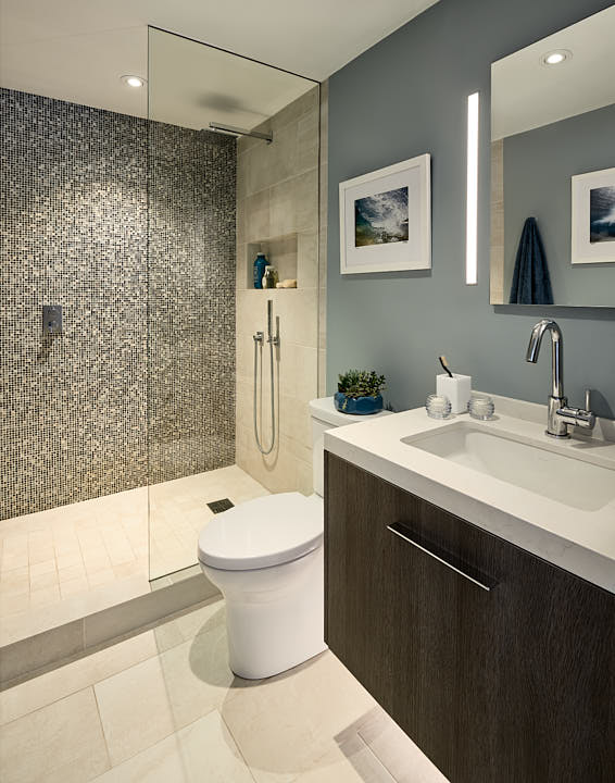 Retouched bathroom in the College Hill neighborhood of San Francisco, CA by Dean Birinyi, interior photographer