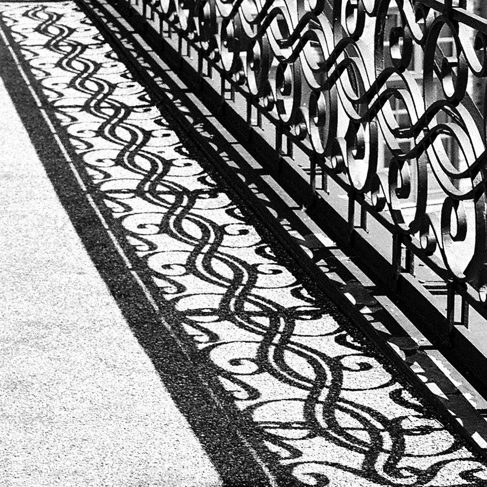 bw copenhagen fence 4.jpg