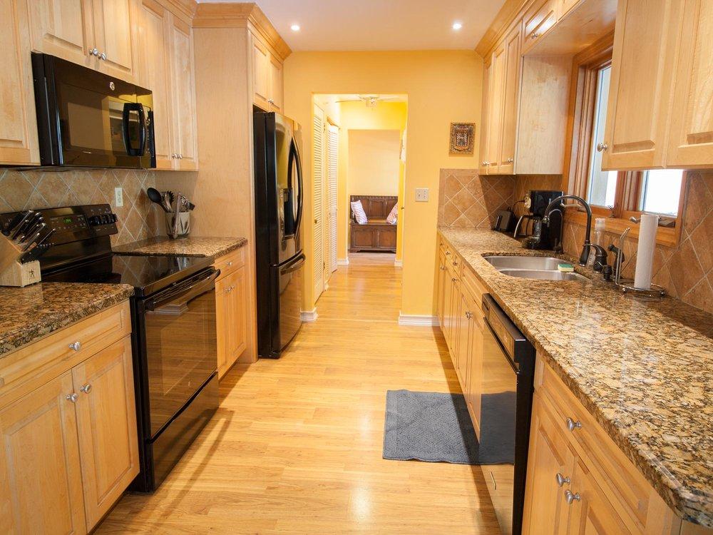07_Kitchen.jpg