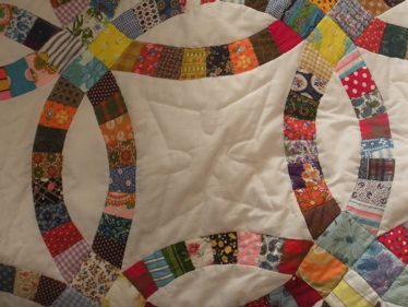 ONE OF THE HARDEST QUILTS TO MAKE, A DOUBLE WEDDING RING QUILT