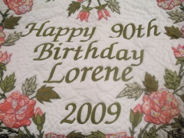 PERSONALIZED ROSES THROW