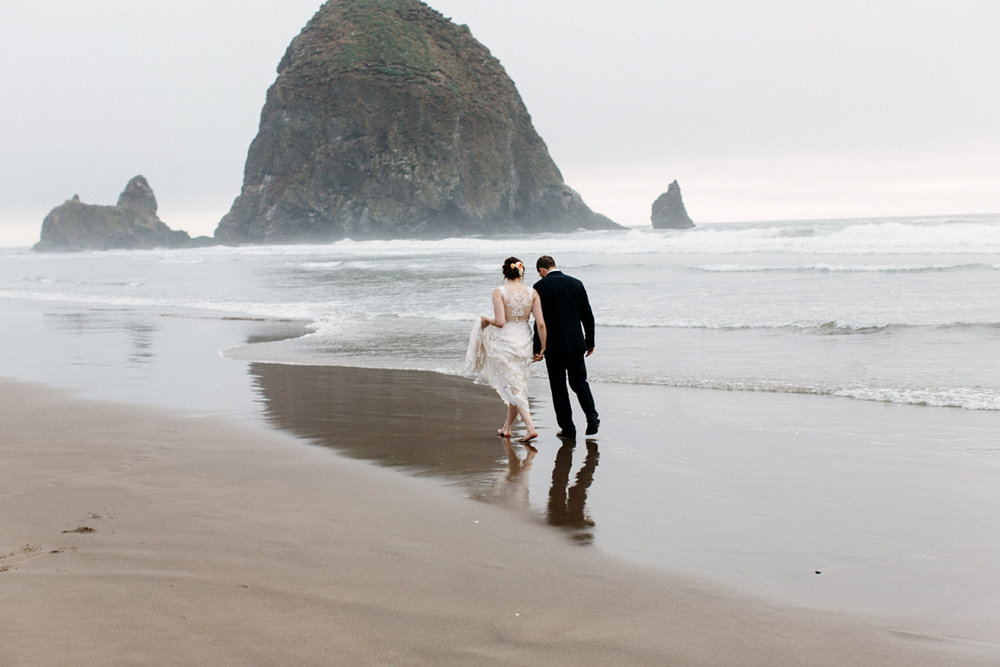 canon beach elopement