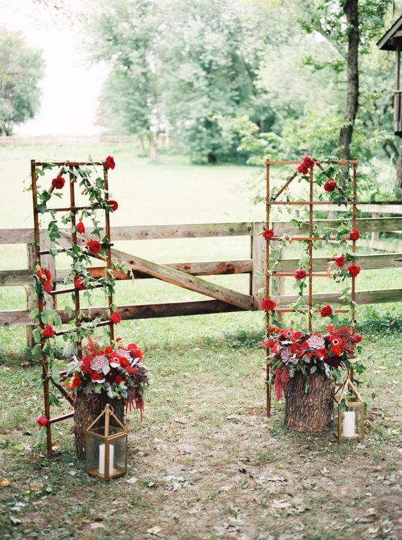 trellis decor.jpg