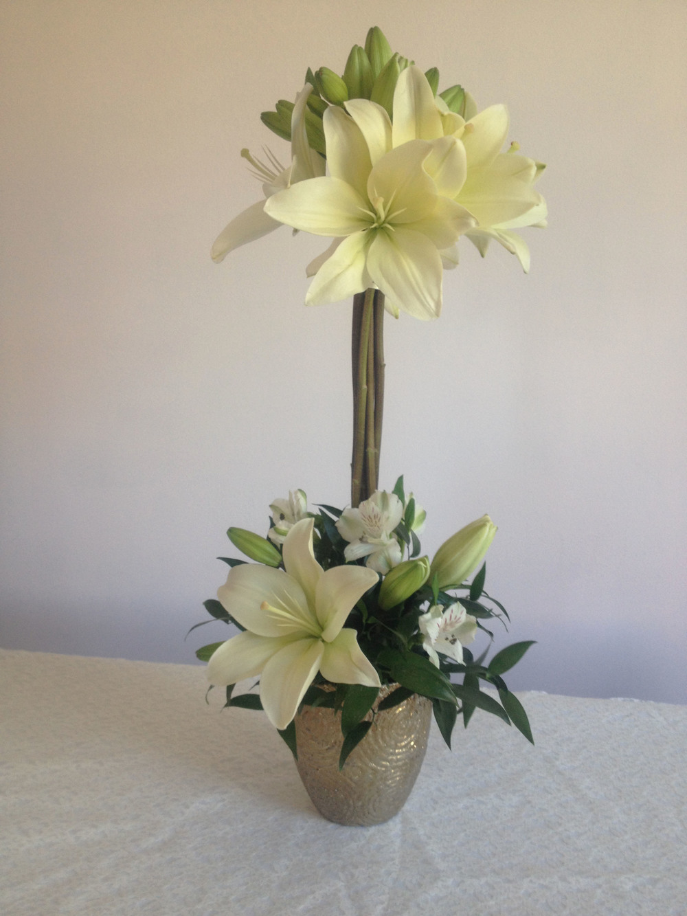 Evelisa Floral & Design's Unique Lily centerpiece