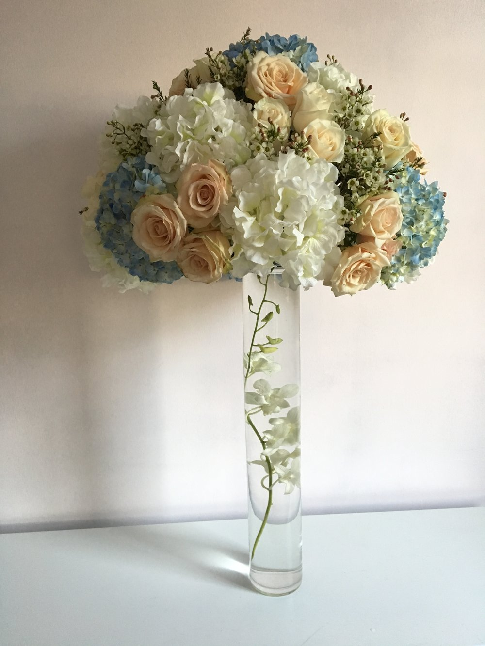 Evelisa Floral & Design: blue, blush & white